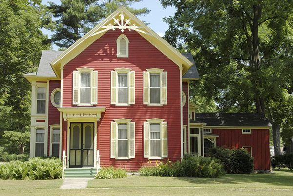 Historichomes Farmhouse